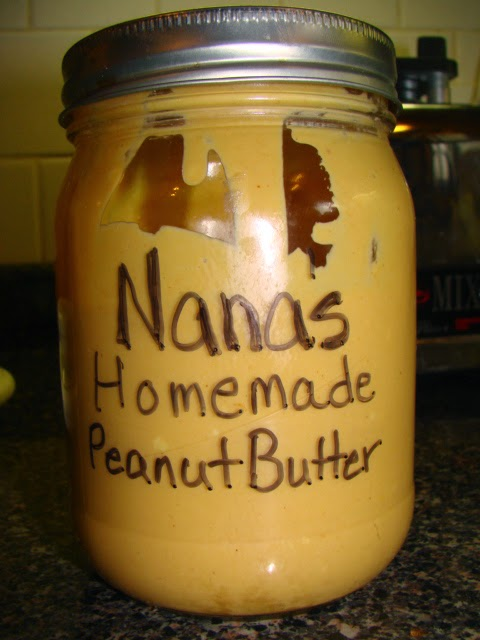 Nana's Homemade Peanut Butter